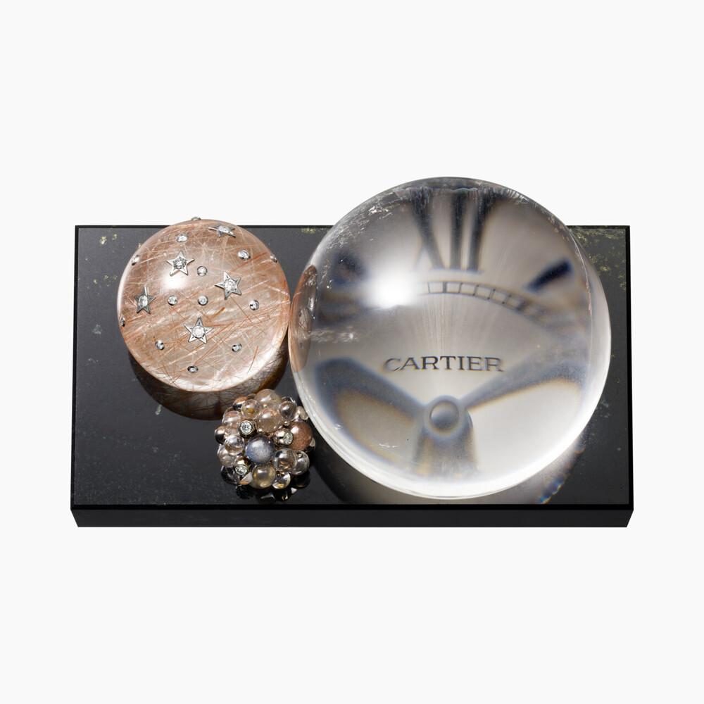 Настольные часы Les Galaxies de Cartier категории Исключительные изделия, нефрит