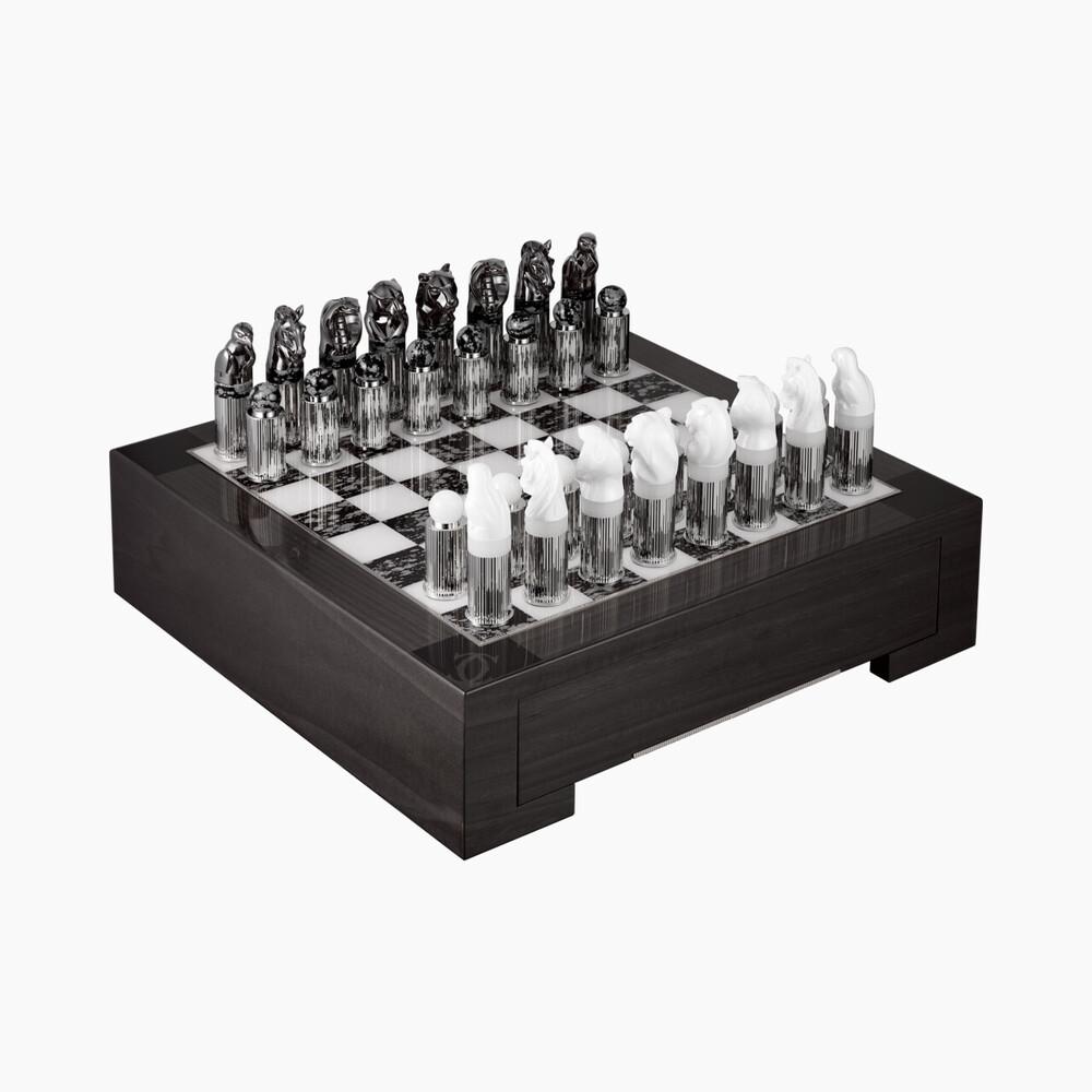 Набор для игры в шахматы Ménagerie de Cartier категории Exceptional, мотив «драгоценный бестиарий»